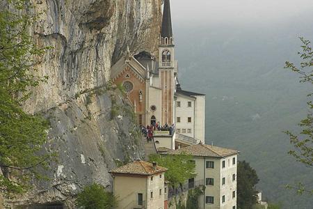 panorama Ferrara di Monte Baldo