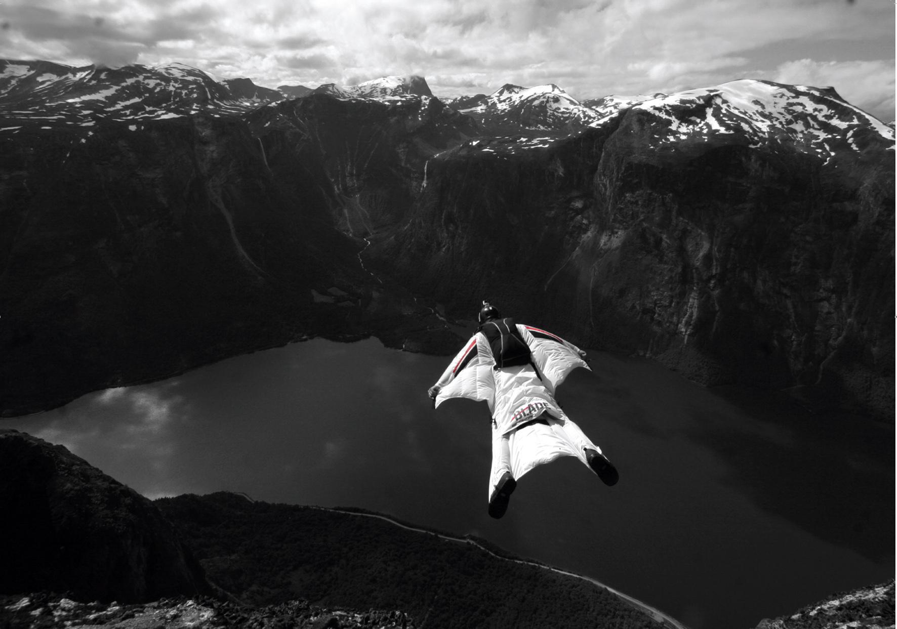 tuta alare da base jumping