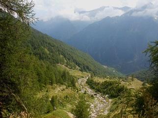 sentiero che porta in svizzera foto web